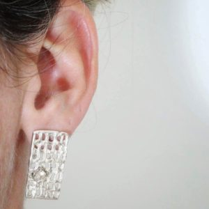 Net earrings