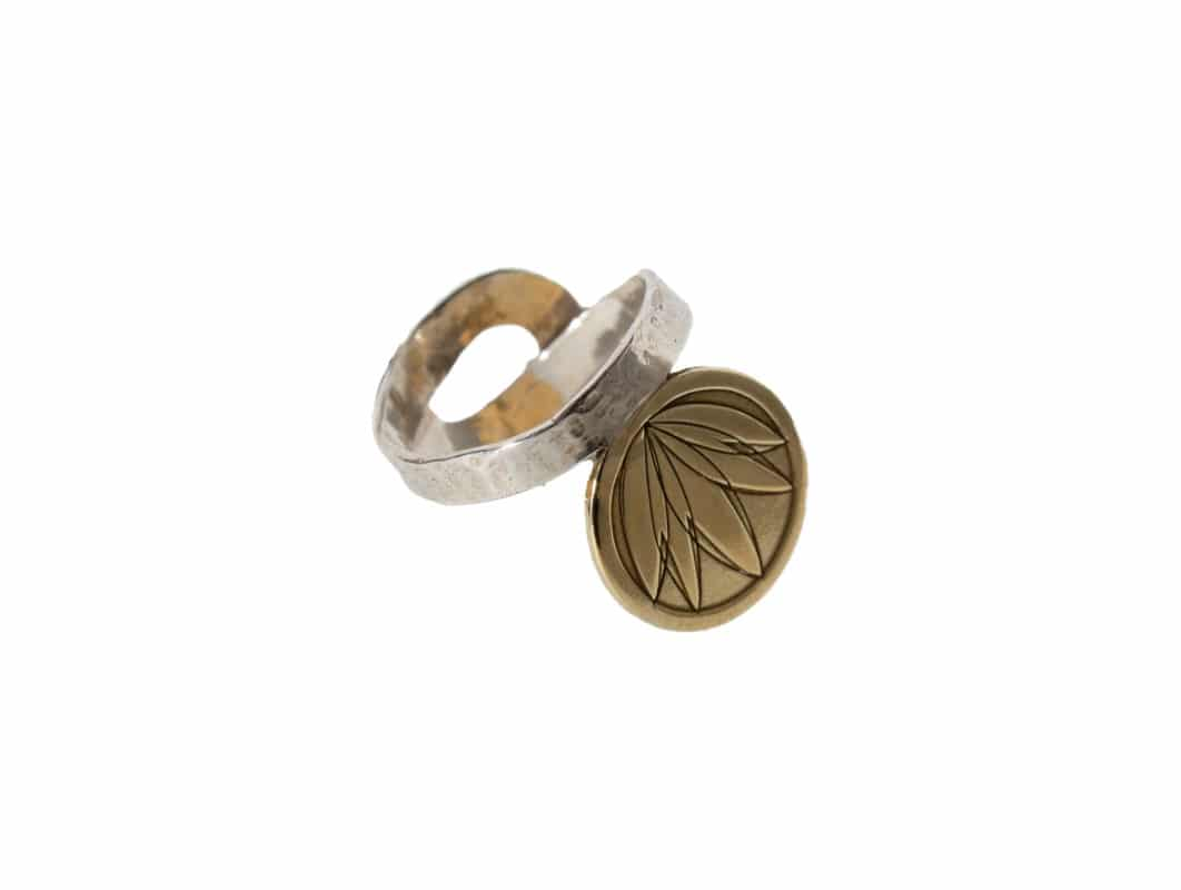 "the Lotus ring Stering silver, partly goldplated with 24K Your spiritual piece and harmony<i class=""fa fa-""pagelines"" fa-"""" """" "" ></i>"